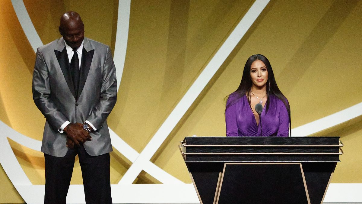 Vanessa Bryant Accepts Hall Of Fame Honor For Kobe Bryant