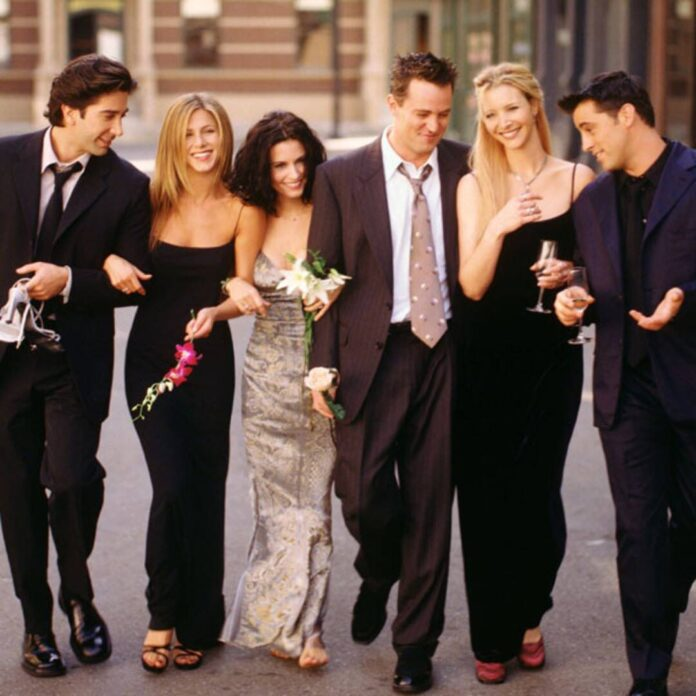 Why Lisa Kudrow Was Convinced Friends Would Run for Much Longer
