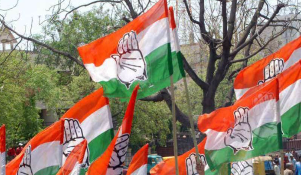 Three retired officials join Congress in Jammu