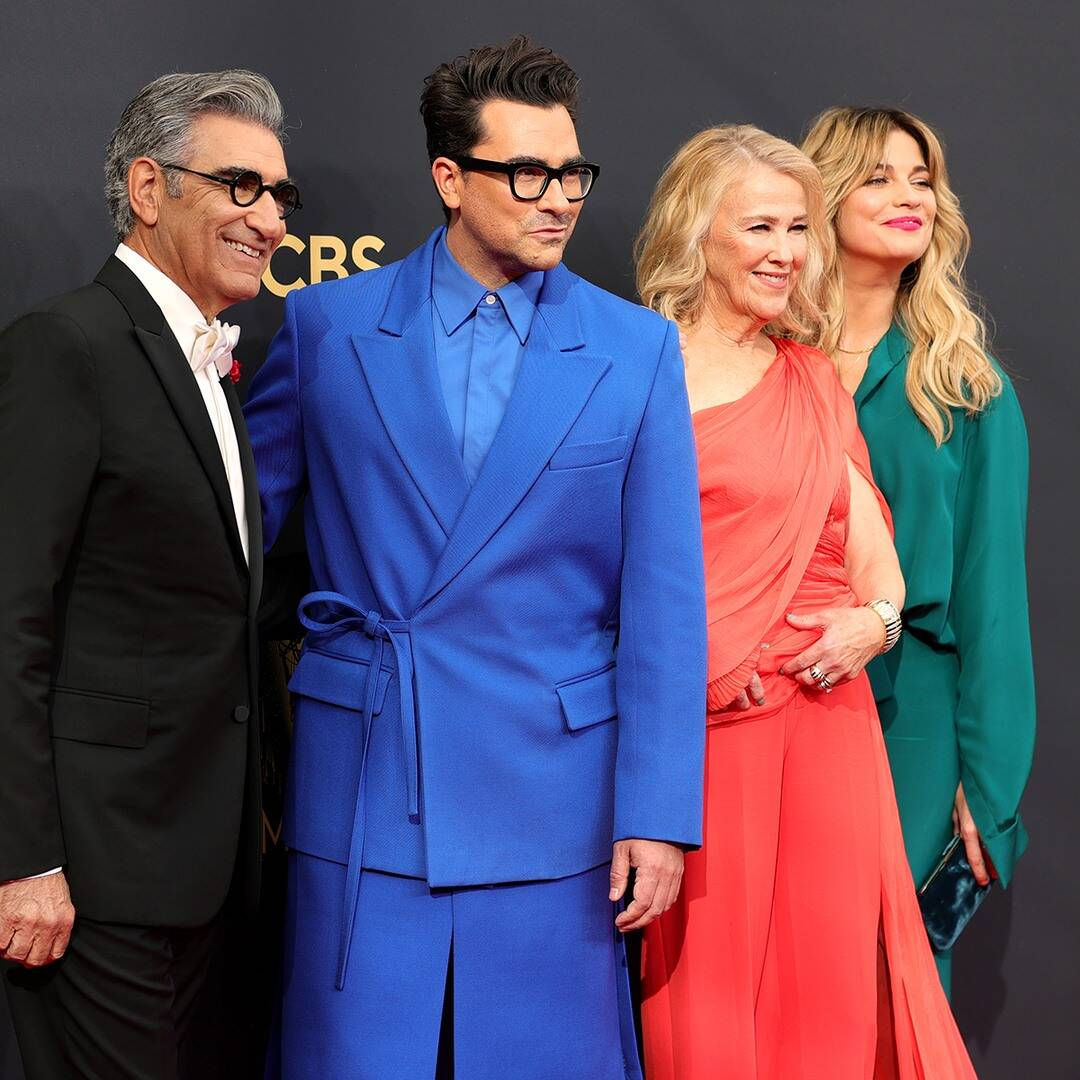 See The Schitt's Creek Cast Adorably Reunite at the Emmys